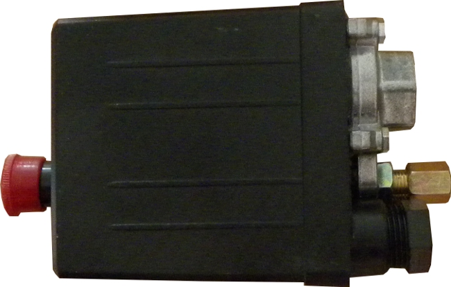 Tlakový spínač ke kompresoru 230V Geko
